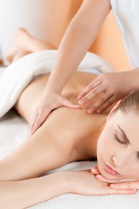 Lichaam massage in een schoonheidssalon